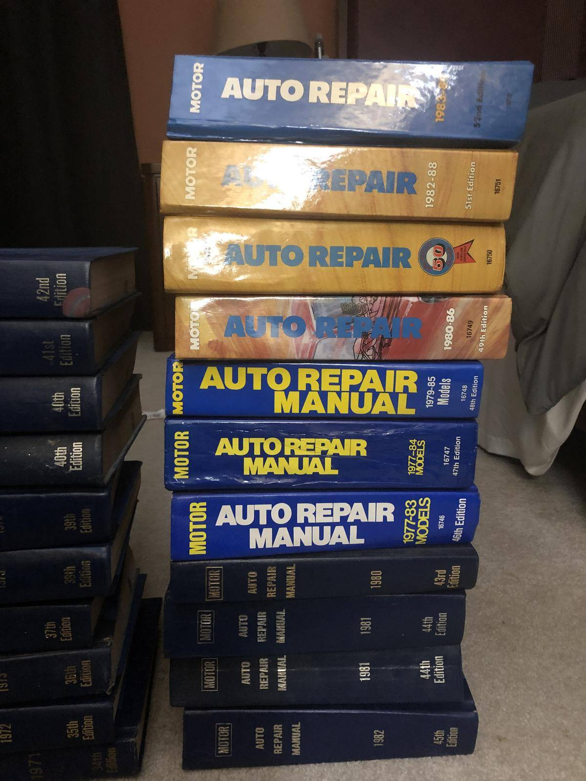 vehicle service manuals for sale