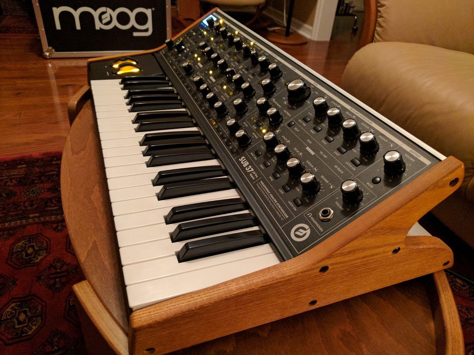 moog sub 37 tribute manual